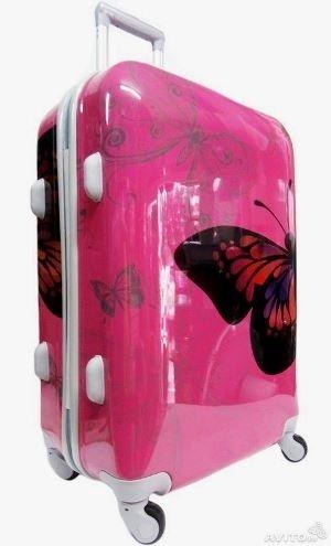 Пластиковый чемодан на четырех колесах. Цвет розовый   CHEMODAN1 ... 21f28799d4d